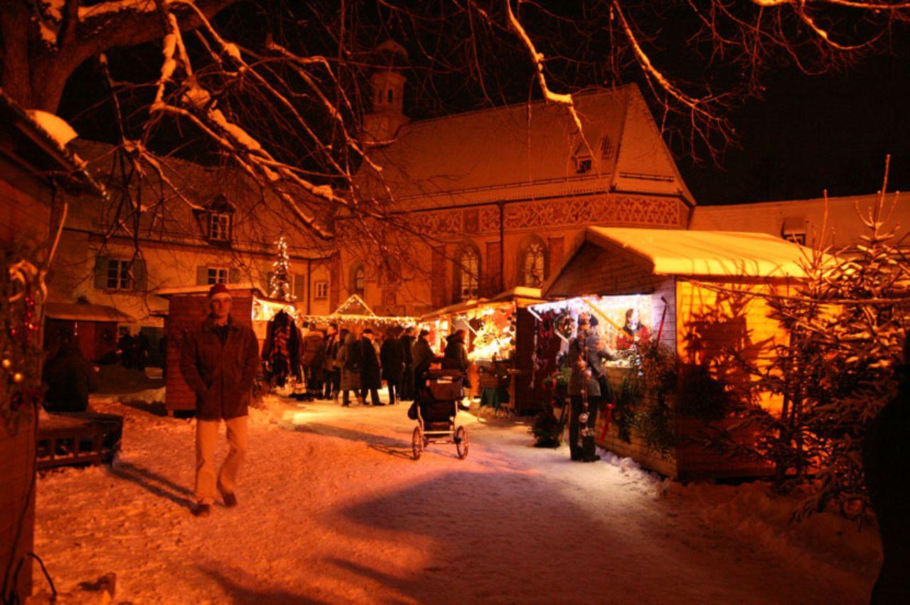 Blutenburger Weihnachtsmarkt - Das offizielle Stadtportal muenchen.de