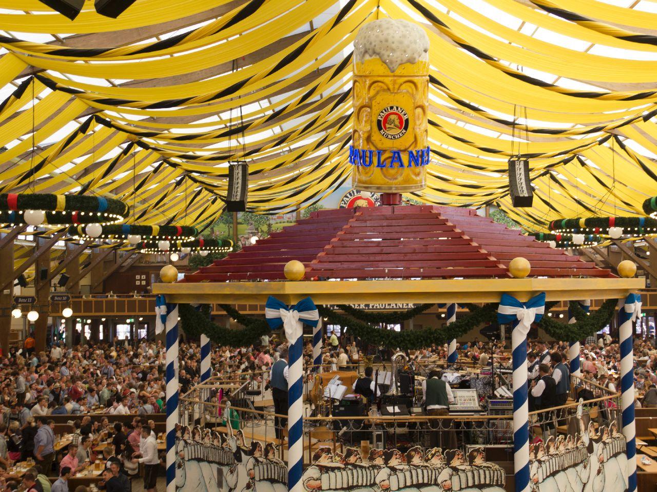 Paulaner Festzelt Oktoberfest München Das offizielle