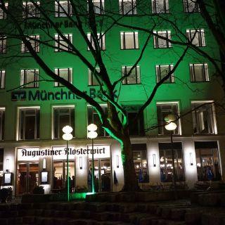 Irish Green in München bei Nacht