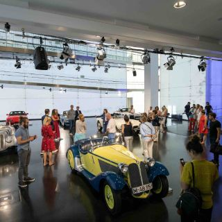 In the immediate vicinity of BMW Group headquarters, you will find a diverse range of fascinating activities.