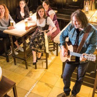 Auf ins Wirtshaus! Impressionen vom Münchner Wirtshausgefühl