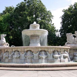 Der Wittelsbacherbrunnen am Lenbachplatz