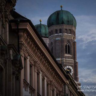 Die Experten für die Geheimnisse Münchens: Spannende Stadtführungen & Events in München mit dem gewissen mystischen Flair