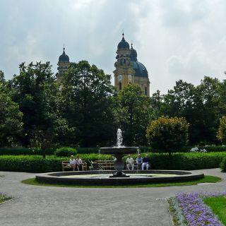 Die Springbrunnen im Hofgarten