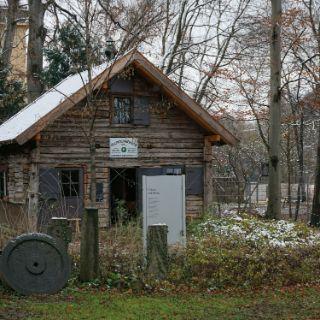 Wiedererrichtete Alte Höllentalangerhütte