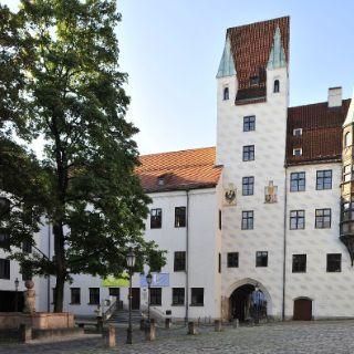 Münchner Kaiserburg im alten Hof