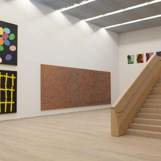 Innenansicht Museum Brandhorst mit Werken von Andy Warhol