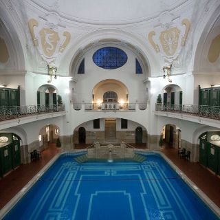 Gallery of Munich's public indoor pools