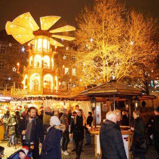 Münchner Christkindlmarkt rund um den Marienplatz