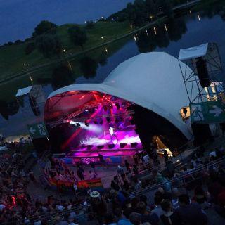 Guter Groove und super Rhythmen auf Theatron Pfingsfestival