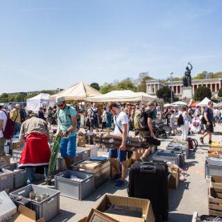 Riesenflohmarkt auf der Theresienwiese 2018