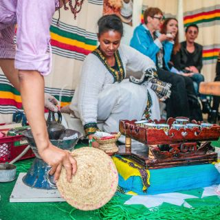 Afrika aus nächster Nähe kennenlernen: Mit Konzerten, Tanzaufführungen, kulinarischen Highlights und Basar