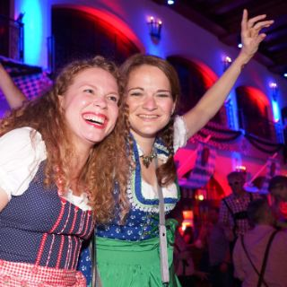 Oktoberfest-Stimmung im Löwenbräukeller