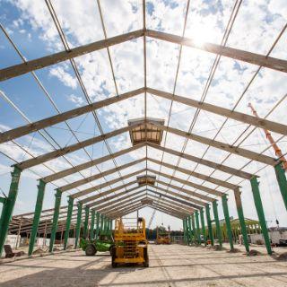 Wiesnaufbau 2018: Festzelte als Stahlgerippe