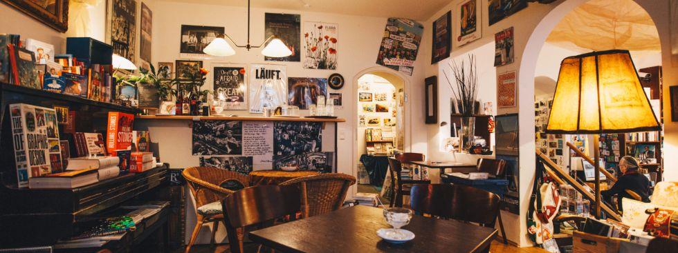 Buch & Café Lentner: Kaffee und Wein in Wohlfühlatmosphäre