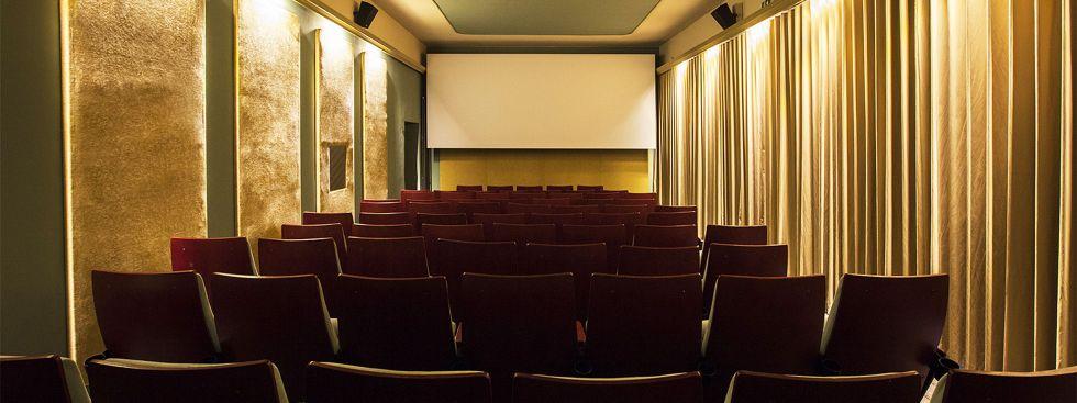 Großer Kinosaal im Neuen Maxim