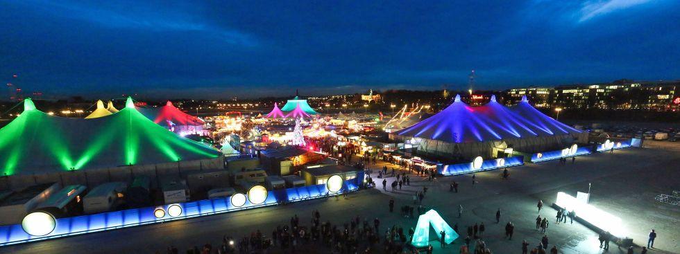 Panorama vom Tollwood Winterfestival