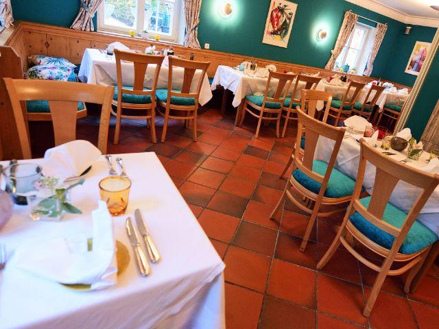 """Innenansicht des Restaurants """"Die Fasanerie"""", Foto: Tom Fuerch"""