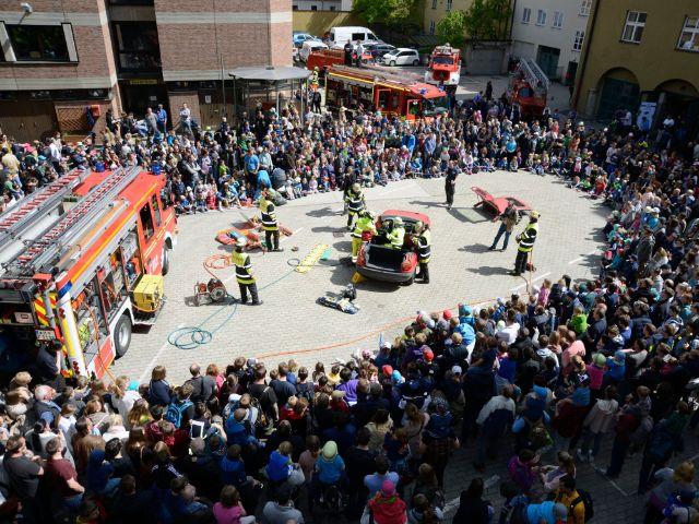 Vorführung beim Tag der offenen Tür der Münchner Feuerwehr am 6.5.2017, Foto: Berufsfeuerwehr München