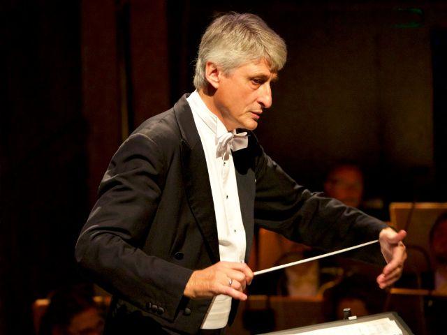 Chefdirigent Anthony Bramall, Foto: Christian POGO Zach