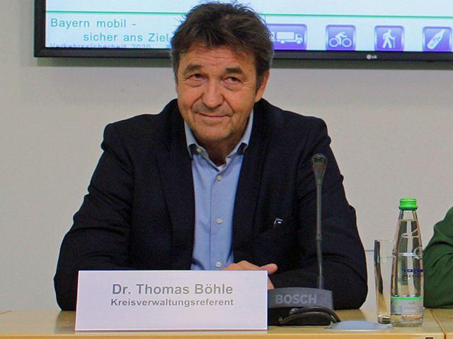 Kreisverwaltungsreferent Dr. Thomas Böhle bei der Pressekonferenz Gscheid Radln, Foto: muenchen.de/Leonie Liebich