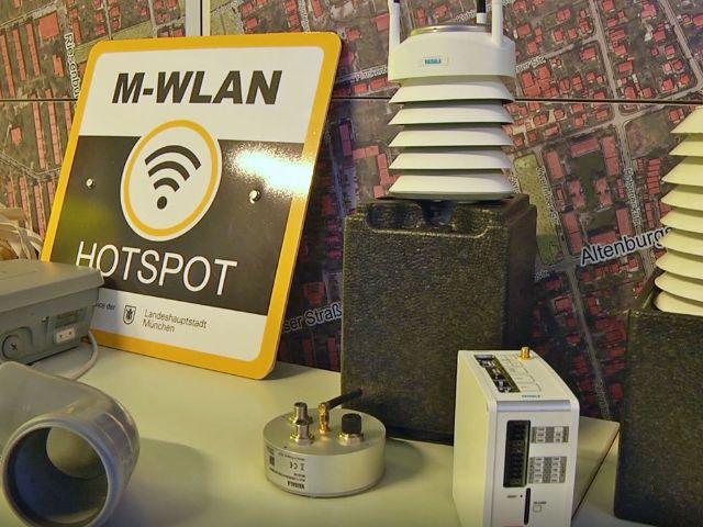 Vorstellung der Intelligenten Lichtmasten: M-WLAN, Foto: muenchen.de/Leonie Liebich