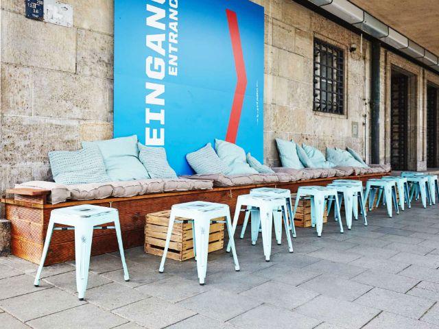 Das Café 37 Pioniere auf der Ludwigsbrücke, Foto: 0049 Projekt GmbH