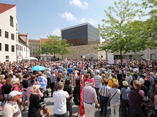 """Kundgebung """"Zusammenstehen gegen Antisemitismus"""" in München, Foto: Presseamt München / Michael Nagy"""