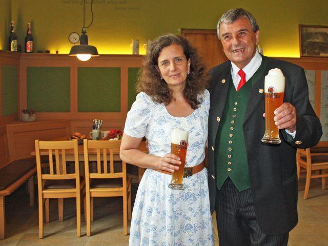 Die Wiesnwirte Arabella und Peter Pongratz, Foto: muenchen.de/Leonie Liebich