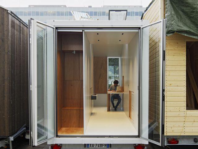 tiny house wohnen auf 9 quadratmeter das offizielle. Black Bedroom Furniture Sets. Home Design Ideas
