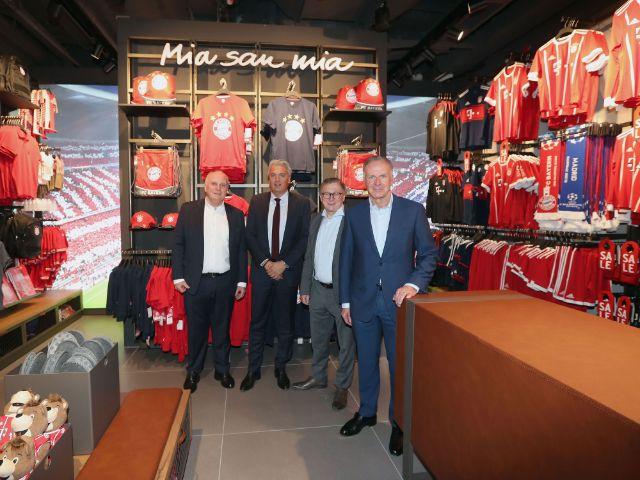 FC Bayern Store am Flughafen München eröffnet, Foto: FC Bayern München