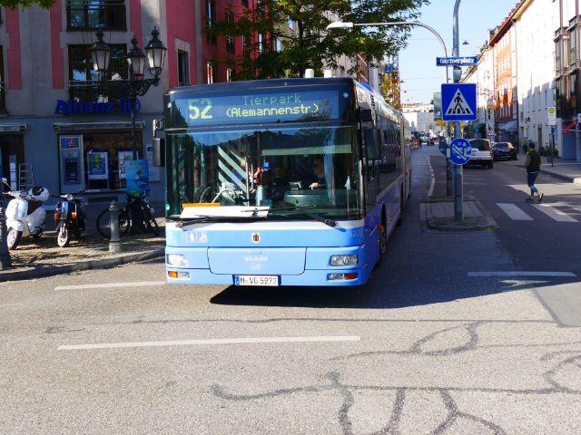 Ein Bus der Linie 52 am Gärtnerplatz, Foto: muenchen.de/Mark Read