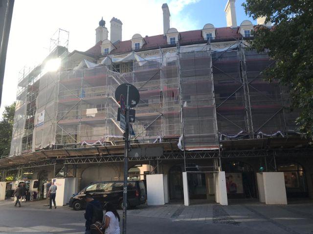 Das Ruffinihaus kurz vor Ende der Sanierungsarbeiten, Foto: muenchen.de / Michael Hofmann