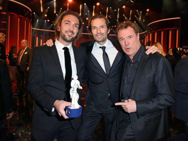 Von links: Max Wiedemann, Quirin Berg, Sebastian Koch / Verleihung des Bayerischen Filmpreis im Prinzregententheater am 25.1.2019, Foto: picture alliance / dpa