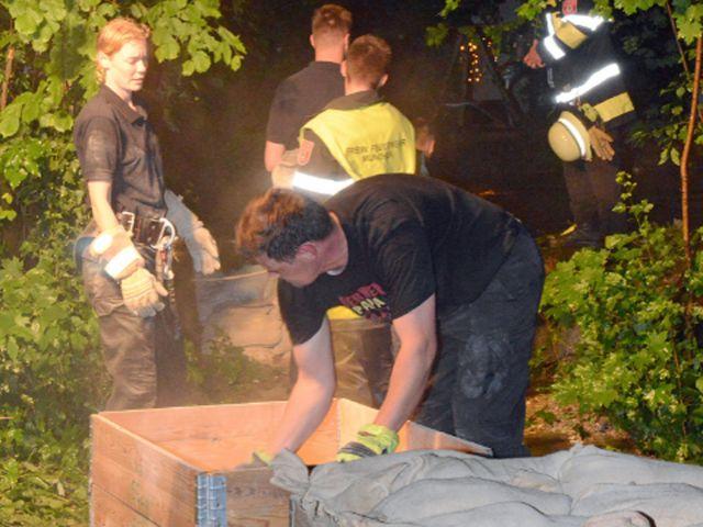 Unwetter: Die Würm drohte über die Ufer zu laufen, Foto: Branddirektion München