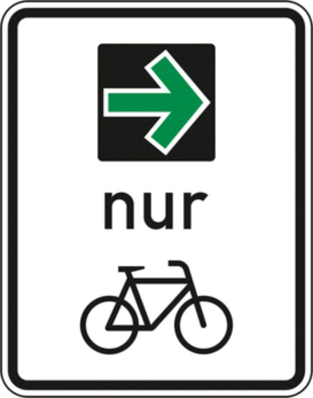 Grüner Abbiegepfeil für Radfahrer, Foto: Bundesanstalt für Straßenwesen