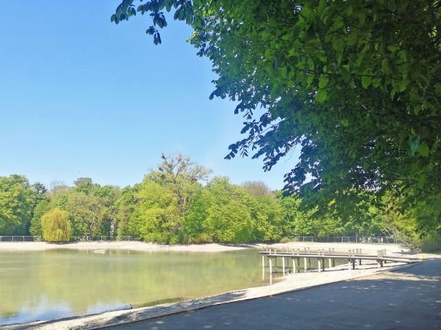 Kleinhesseloher See mit neuem Wasser, Foto: muenchen.de/Leonie Liebich