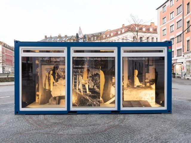 Erinnerungs-Container am Gärtnerplatz, Foto: Daniel Schvarcz