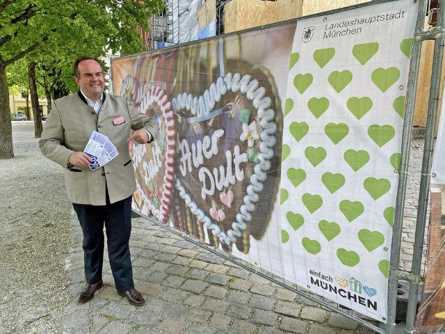 Wirtschaftsreferent Clemens Baumgärtner wirbt für Dult-Gutscheinaktion, Foto: muenchen.de/Gunnar Jans