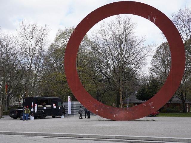 Der neue Foodtruck der Caritas München in der Nähe des Hauptbahnhofs, Foto: Caritas München