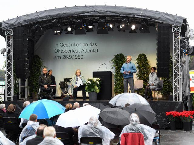 Gedenkveranstaltung zum Oktoberfest-Attentat, Foto: Landeshauptstadt München / Kulturreferat