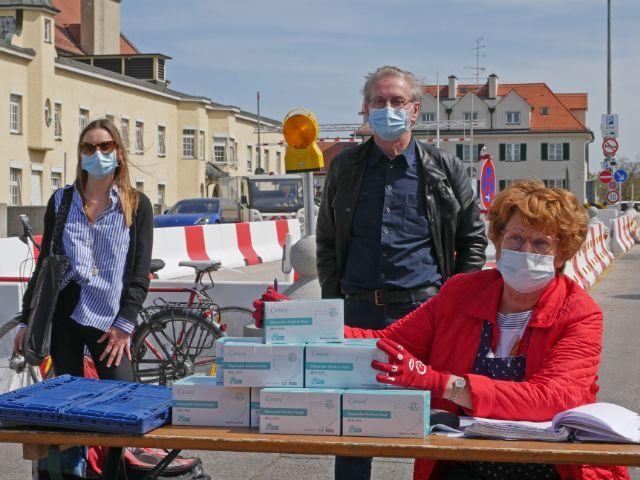 Stiftung Sternenstaub spendet Gesichtsschutz 20.000 Gäste der Münchner Tafeln., Foto: Münchner Tafel