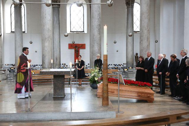 Oberbürgermeister Dieter Reiter bei der Trauerfeier von Hans-Jochen Vogel, Foto: (Presseamt/Michael Nagy)