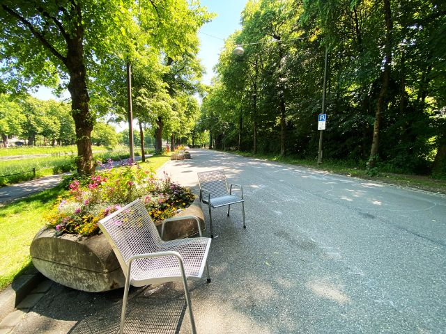 Sommerstraße in der Südlichen Auffahrtsallee, Neuhausen-Nymphenburg, Foto: Anette Göttlicher