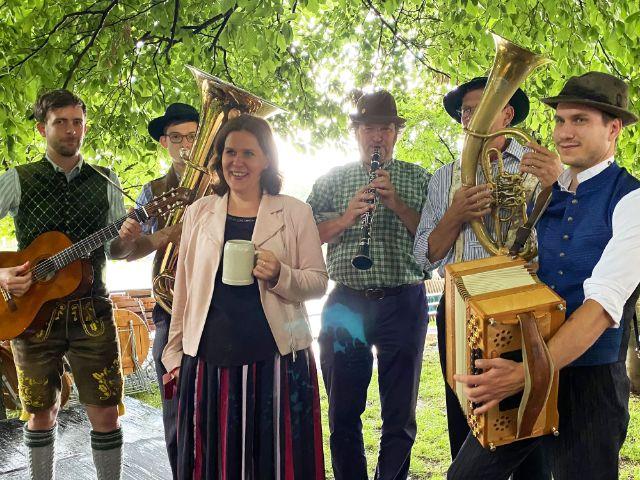 Eröffnung des Kultursommers an der Isar mit Bürgermeisterin Verena Dietl, Foto: Philipp Hartmann
