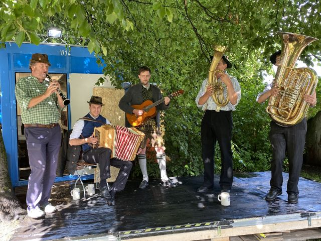 Musikanten beim Kultursommer an der Isar, Foto: Philipp Hartmann