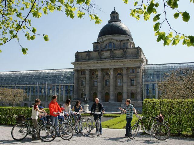 Radtour mit Spurwechsel im Hofgarten, Foto: Matthias Wurm