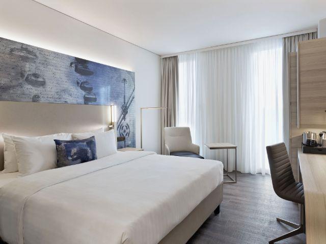 Ein Zimmer im Hotel Courtyard by Marriott Garching, Foto: Cathrine Stukhard
