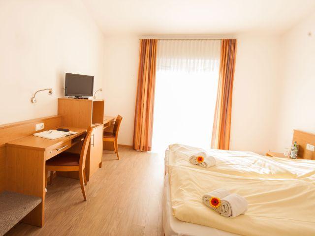 Ein Zimmer im Gästehaus Riem, Foto: Petra Hapke