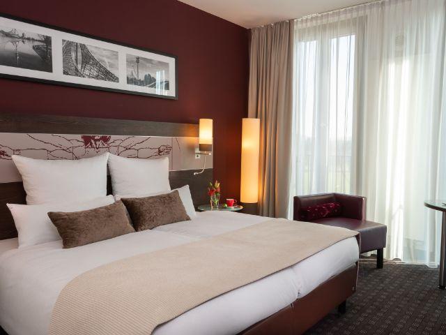 Ein Zimmer im Hotel Leonardo Royal Munich, Foto: Aya Ben Ezri